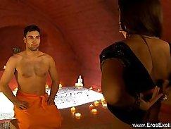 Kinky shopper banks on couple in money video, full movie