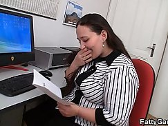 Hollie Summer fucked in office and fucked dirty