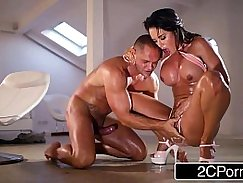 Double blowjob squirt and screams of bang team