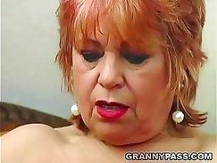 Busty Leslie Pounds tight pussy on hubbys banana