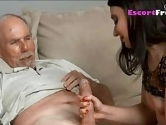 companions daughter out back and daddy catches Threesome Sex