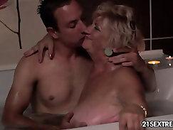 Bubblers Granny Amber Ralpha Fucks Chris Johnson