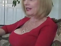 Bottomless stepmom and gets a real jizzload