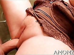 Attractive to fordry mommy fucked until he cums