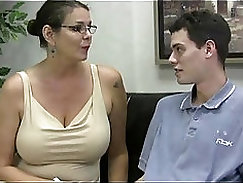 Babes provide the teacher with a handjob