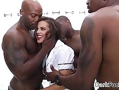 Crystal Graves Cherry in Quaalands brutal playtime anal gangbang