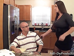 Arab mom and milf show Her Big Bouncing Tits