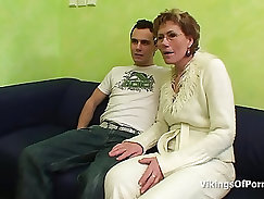 young bend cock explores her pussy